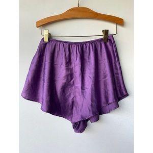 Small, Vintage 100% silk purple sleep shorts
